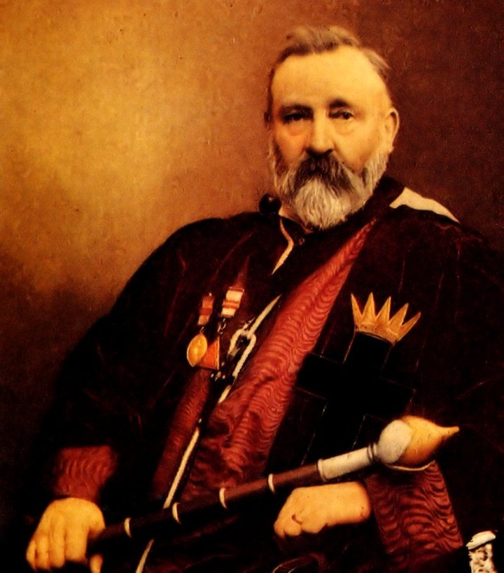 William Wynn Westcott con un traje ceremonial. Foto: Wikipedia.